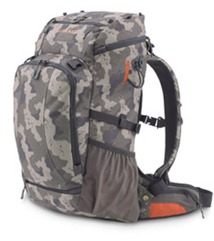 <font color=red>On Sale - Clearance</font><br>Simms Headwaters Day Pack - Camo